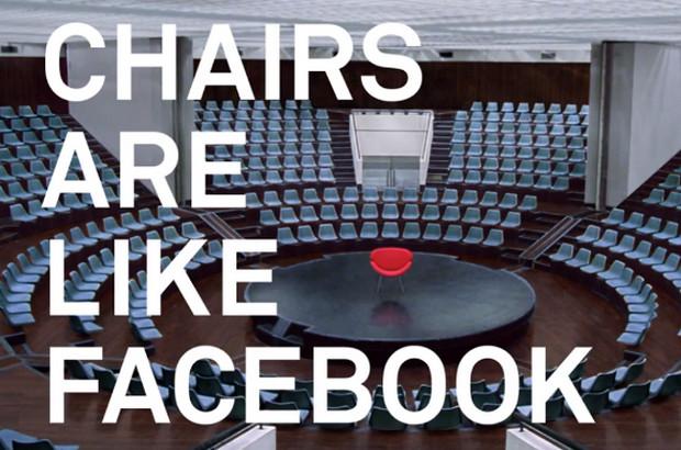 những câu slogan hay của các hãng công nghệ - CHAIRS ARE LIKE FACEBOOK